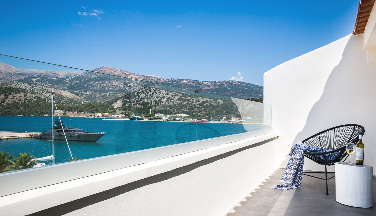 boutique-hotel-kefalonia-deluxe-suite-with-sea-view-1-3
