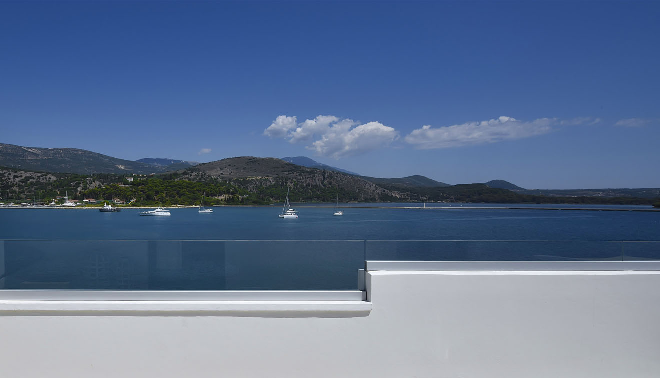 Boutique-Hotel-Kefalonia-Master-suite-with-Jacuzzi-4