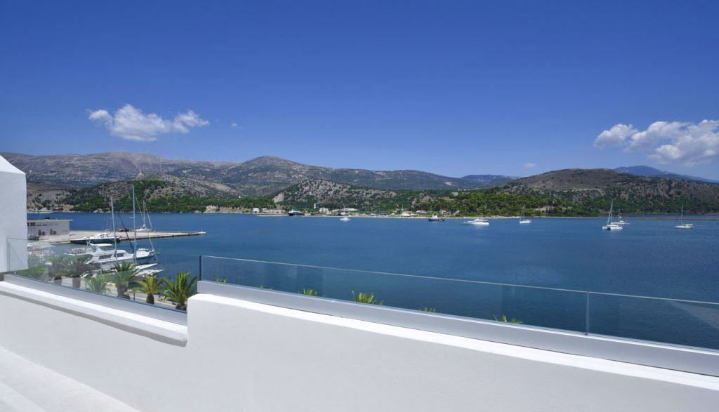 Best-Hotel-Kefalonia-Master-suite-with-Jacuzzi-5