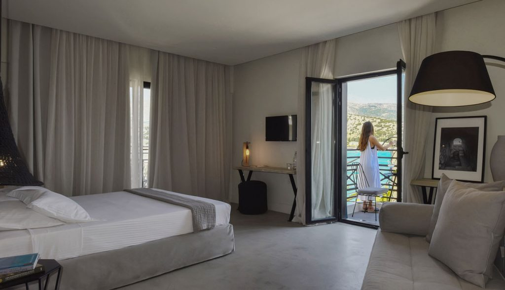 Boutique-Hotel-Kefalonia-grand-Suite-with-Sea-View-4