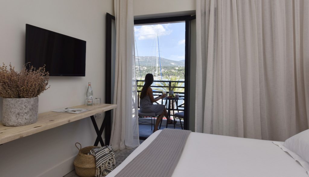 Luxury-Hotel-Kefalonia-Double-room-with-Sea-View-3