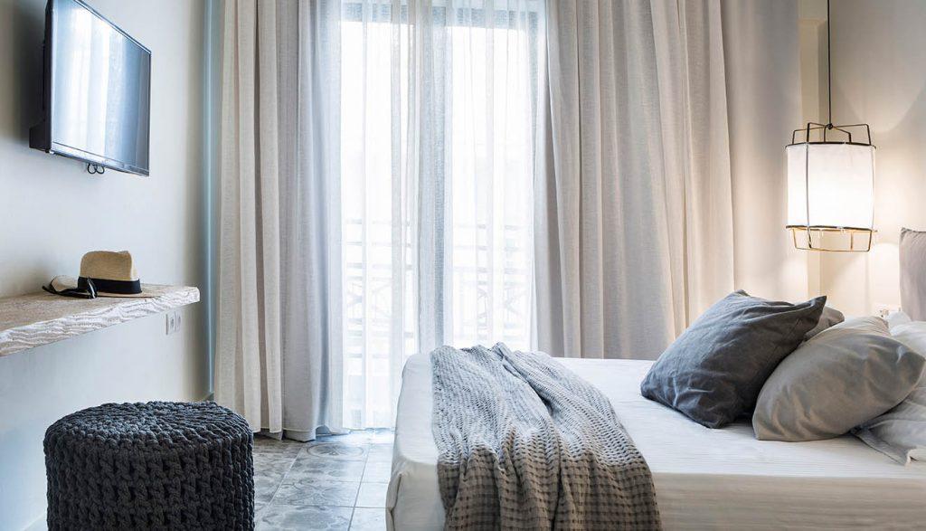 Luxury Hotels in Kefalonia Side view