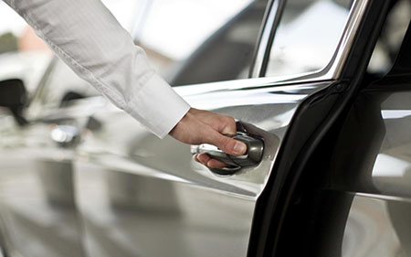 FREE PRIVATE ROUND-TRIP AIRPORT TRANSFERS
